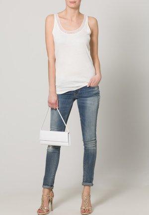 AUGURI  - Handbag - weiss