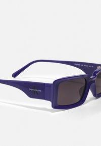 Calvin Klein Jeans - UNISEX - Gafas de sol - blue - 3