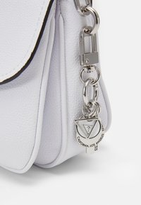 Guess - HANDBAG DESTINY SHOULDER BAG - Across body bag - white - 5