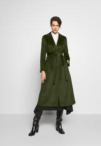 MAX&Co. - LONGRUN - Zimní kabát - khaki green - 0