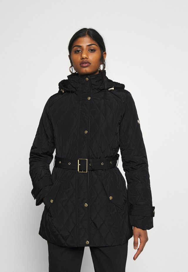 QUILTED JACKET - Kort kåpe / frakk - black