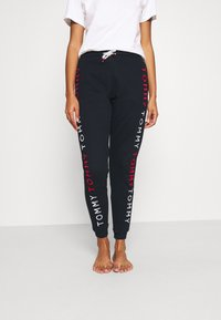 Tommy Hilfiger - TRACK PANT - Spodnie od piżamy - desert sky - 0