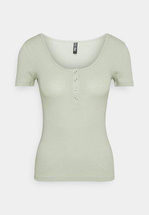 PCKITTE - Basic T-shirt - desert sage