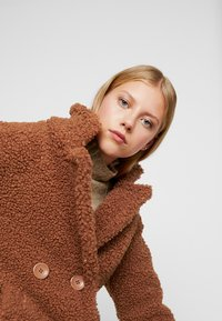 Even&Odd - Zimní kabát - ginger bread - 4