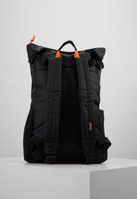 HXTN Supply - UTILITY TRANSIT - Batoh - black - 2