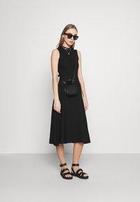 EDITED - TALIA DRESS - Jersey dress - schwarz - 1