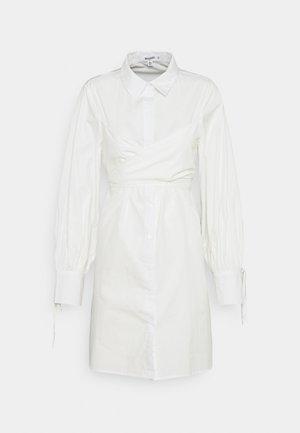 TIE WRAP DETAIL SHIRT DRESS - Skjortekjole - white