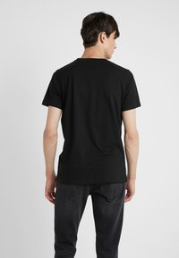 KARL LAGERFELD - DUO 2 PACK - Basic T-shirt - black - 2