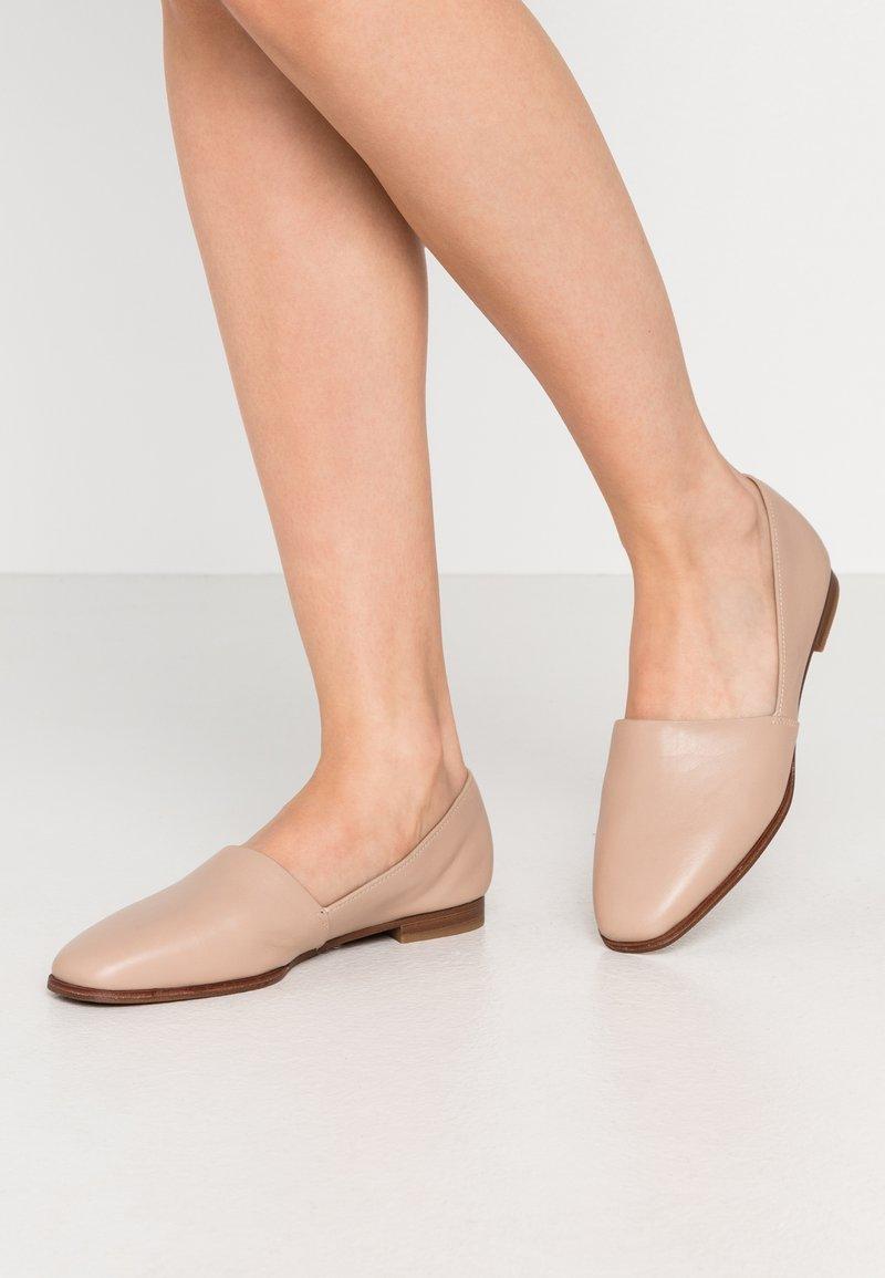 ALDO - BLANCA - Nazouvací boty - bone
