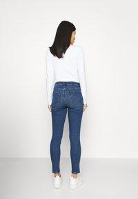 GAP - Straight leg jeans - medium charlotte - 2
