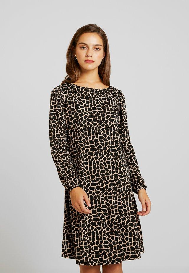 CAMEL GIRAFFE DRESS - Jersey dress - black