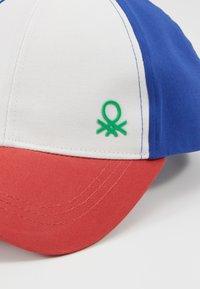 Benetton - WITH VISOR - Czapka z daszkiem - white - 2