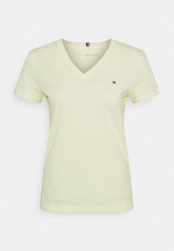 NEW VNECK TEE - T-shirt imprimé - frosted lemon