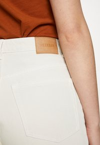 Weekday - LASH - Jeans relaxed fit - white dusty light - 5