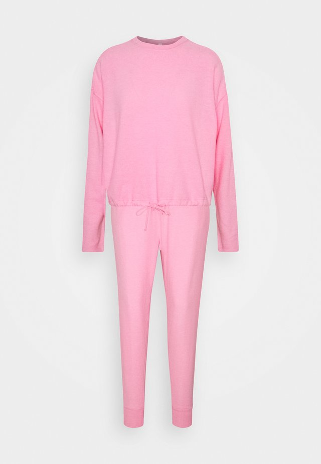 SUPER SOFT CREW PANT SET - Pyjama set - strawberrymilkshake marle