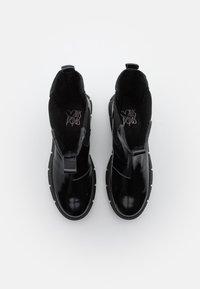 Mis Pepas - PICK UP - Platåstøvletter - black - 5