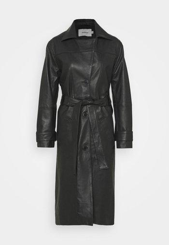 TERRA COAT - Trenchcoat - black