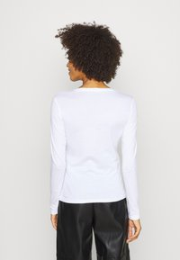 Guess - CAMILLA  - Long sleeved top - true white - 2