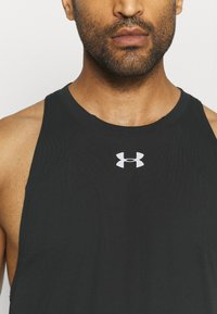 Under Armour - BASELINE PERFORMANCE TANK - Sports shirt - black - 5
