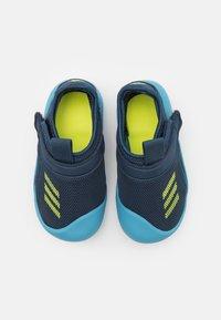 adidas Performance - ALTAVENTURE UNISEX - Sandály do bazénu - crew navy/solar yellow/hazy blue - 3