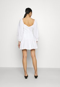 Bec & Bridge - HENRIETTE MINI DRESS - Sukienka letnia - ivory - 2