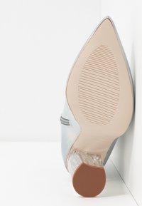 BEBO - ELLIA - Kotníková obuv na vysokém podpatku - silver - 6