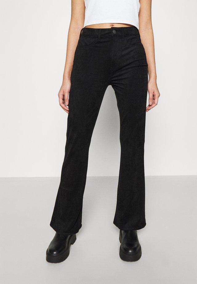 FLARE - Pantaloni - black