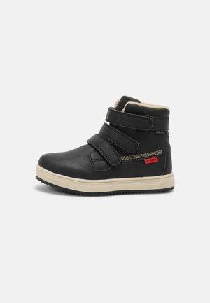 YEPOKRO WATERPROOF UNISEX - Winter boots - noir