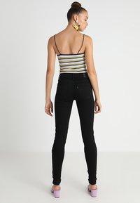Levi's® - 710 SUPER SKINNY - Jeans Skinny - black galaxy - 2