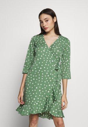 VMHENNA WRAP DRESS  - Day dress - dark ivy/white