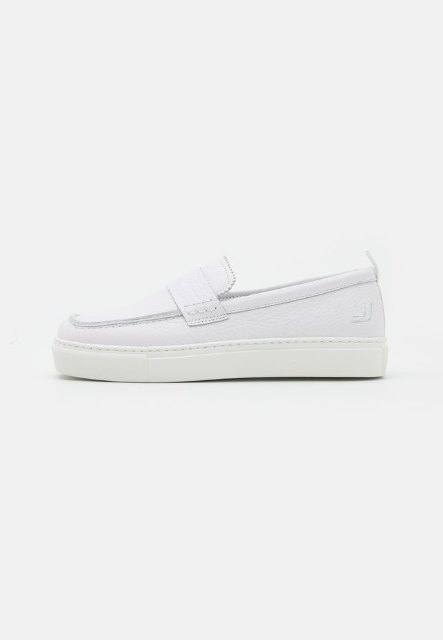 SQUARED LOAFER  - Slipper - white