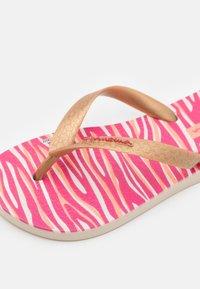 Ipanema - TEMAS KIDS - Pool shoes - beige/gold - 5