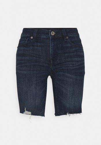 SKINNY BERMUDA - Shorts di jeans - light tinted wash