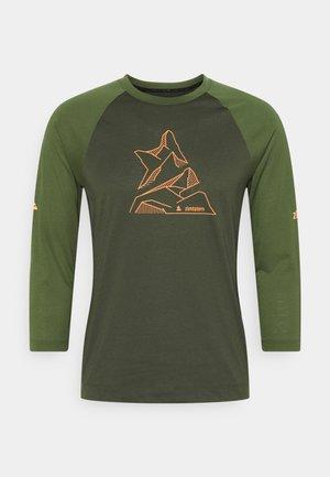 PURE FLOWZ SHIRT 3/4 MENS - Funkční triko - forest night/bronze green