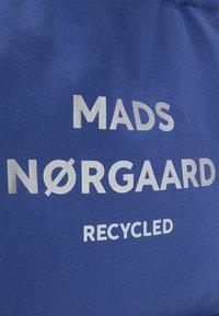 Mads Nørgaard - BOUTIQUE ATHENE - Shoppingveske - blue violette/silver - 3