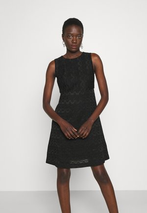 SLEEVELESS DRESS - Gebreide jurk - black