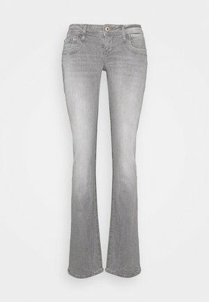 VALERIE - Bootcut jeans - freya undamaged wash