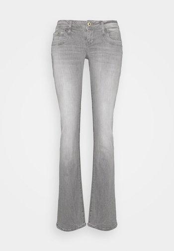 VALERIE - Jean bootcut - freya undamaged wash