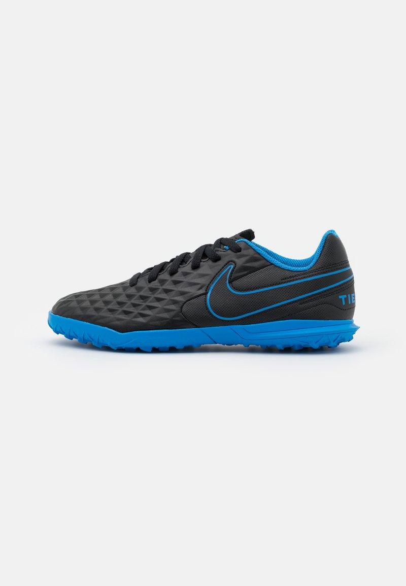 Nike Performance - JR TIEMPO LEGEND 8 CLUB TF UNISEX - Astro turf trainers - black/light photo blue/cyber