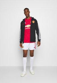 adidas Performance - MANCHESTER UNITED AEROREADY FOOTBALL - Klubbkläder - reared - 1
