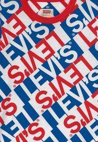 Levi's® - GRAPHIC RINGER - T-shirt imprimé - white - 3