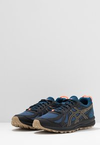 ASICS - FREQUENT TRAIL - Trail running shoes - mako blue/black - 2