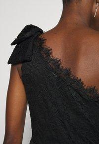 Guess - CELIA DRESS - Sukienka koktajlowa - jet black - 4