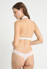 Gilly Hicks - CORE HALTER - Triangle bra - white - 2