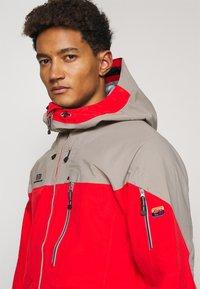 State of Elevenate - MENS BACKSIDE JACKET - Ski jacket - red - 3