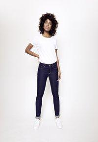 Five Fellas - GRACIA - Slim fit jeans - dunkelblau - 1