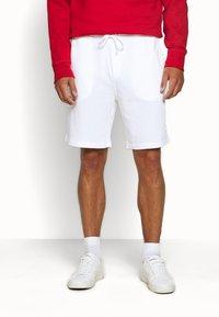 Polo Ralph Lauren - TERRY - Pantalon de survêtement - white - 0