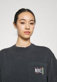 Nike Sportswear - Trikoomekko - black - 3