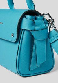KARL LAGERFELD - Sac à main -  bright blu - 2