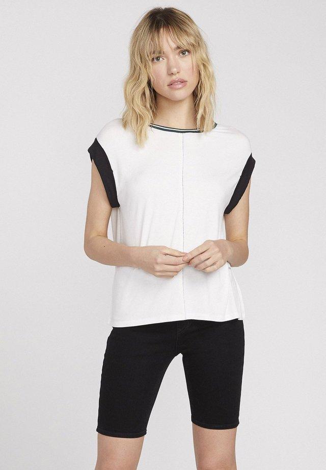 IVOL - Print T-shirt - white